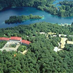 hotel-jezero